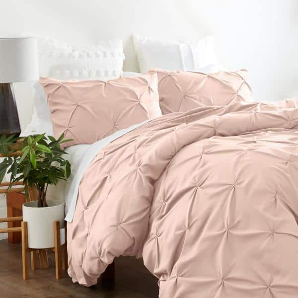 Becky Cameron Premium Ultra Soft Blush, What Color Goes With Blush Bedding