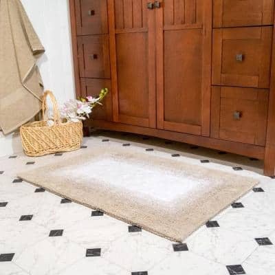Whitney Ombre Reversible Doeskin Beige 21 in. x 34 in. and 17 in. x 24 in. 2-Piece Bath Rug Set