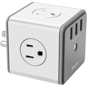 4 AC Outlet / 3 USB Inputs Outlet Cube