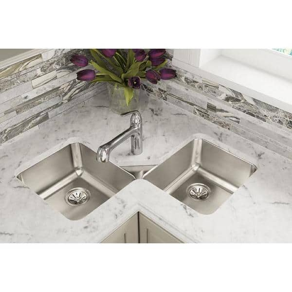 Elkay Lustertone Undermount Stainless Steel 32 In Corner Double Bowl Kitchen Sink Eluh3232 The Home Depot