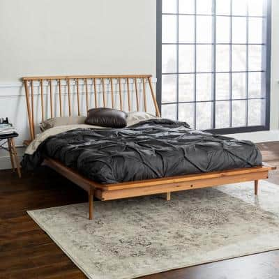 Spindle Back Solid Wood Queen Bed in Caramel