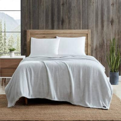 Eddie Bauer Ultra Soft 1-Piece Gray Plush Solid Plush Microfiber Twin Blanket