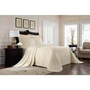 Williamsburg Richmond Ivory Solid Full Coverlet
