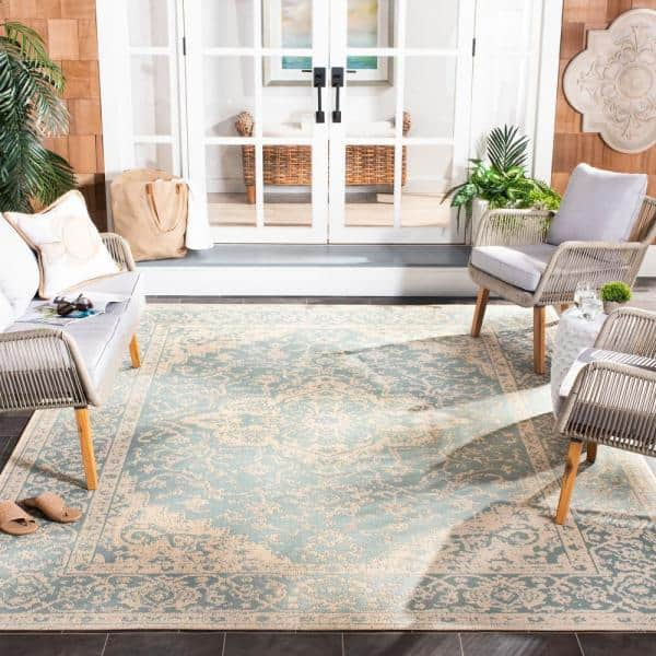 Safavieh Beach House Aqua Cream 7 Ft X 7 Ft Indoor Outdoor Square Area Rug Bhs137k 6sq The Home Depot