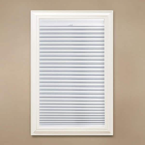 Home Decorators Collection Snow Drift Shadow White Cordless Day And Night Blackout Cellular Shade 35 In W X 72 In L 10793478691708 The Home Depot