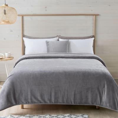 Solid Grey Plush Polyester King Blanket