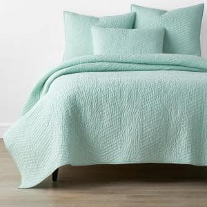 Company Sea Spray Solid King Cotton Quilt