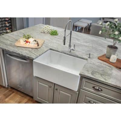 Farmhouse Apron Front Fireclay 30 in. Single Bowl Kitchen Sink in White
