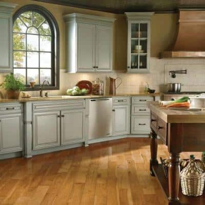 Hickory Autumn Wheat 3/4 in. Thick x 3-1/4 in. Wide x Varying Length Solid Hardwood Flooring (22 sq. ft. / case)