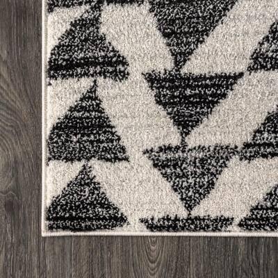 Aisha Moroccan Triangle Geometric Cream/Black 8 ft. x 10 ft. Area Rug