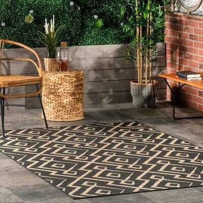 Sammi Charcoal 9 ft. 6 in. x 12 ft. Geometric Trellis Indoor/Outdoor Area Rug