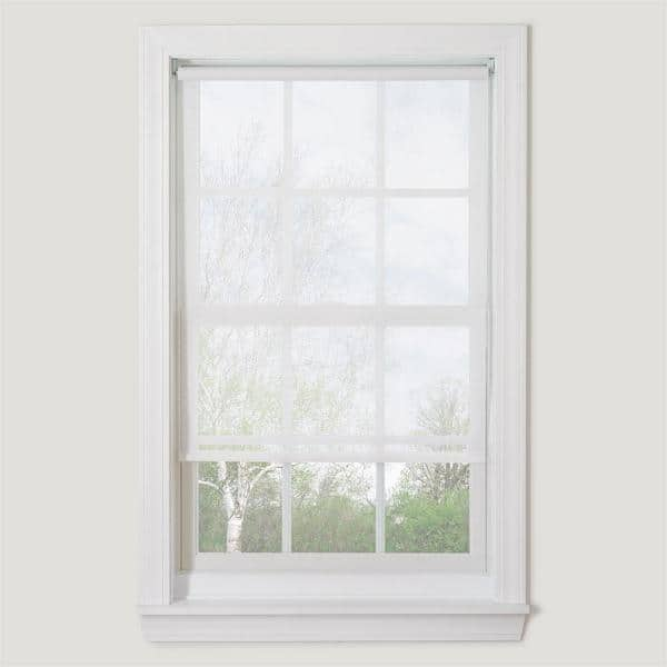 Bali Cut To Size White Cordless Uv Blocking Fade Resistant Roller Shades 55 5 In W X 72 In L 55 5x72crdlssrw The Home Depot