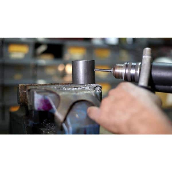 Pack of 1 Drill America m19 x 1.75 High Speed Steel Plug Tap,