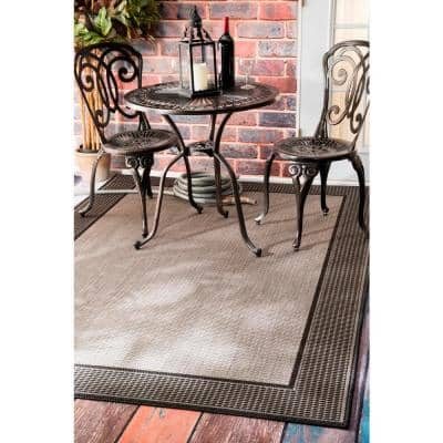 Machine Made Outdoor Gris Border Gray 5 ft. x 8 ft. Area Rug