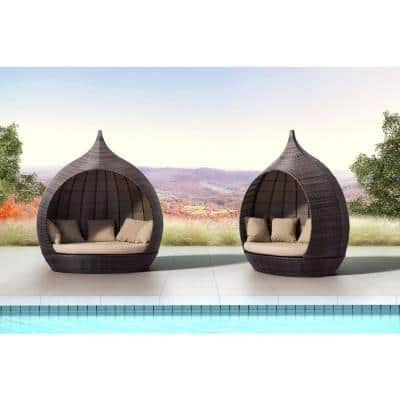 Martinique Beach Aluminum Outdoor Day Bed with Beige Cushions