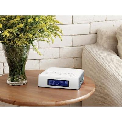 AM/FM Digital Tuning Clock HD Radio with USB Port