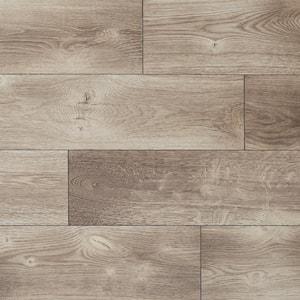 Northglenn Oak 12 mm T x 7.5 in W x 50.67 in L Water Resistant Laminate Flooring (18.42 sq.ft./case)