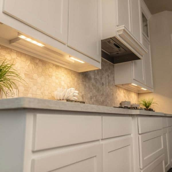 Brilliant Evolution Led White Wireless Under Cabinet Light With Remote Brrc124ir The Home Depot