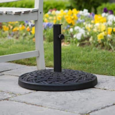Cross Weave Round Metal Patio Umbrella Base in Black