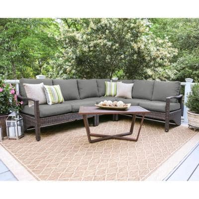 Augusta 5-Piece Wicker Outdoor Sectional Set with Gray Cushions