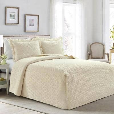 French Country Geo Ruffle Skirt 3-Piece Ivory Queen Bedspread Set