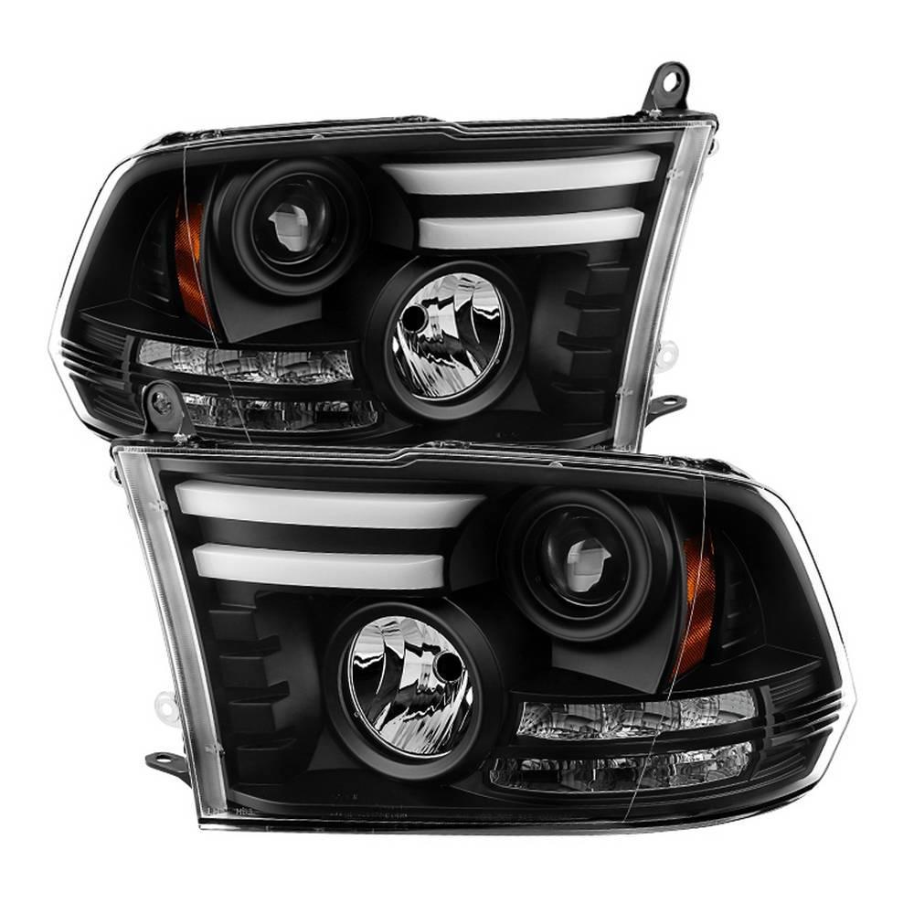 Dodge Ram 1500 09-16 / Ram 2500/3500 10-16 Projector Headlights - Halogen Model Only - Light Bar DRL - Black