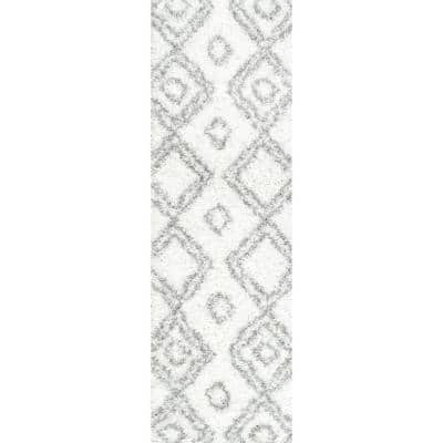 Iola Easy Shag White 2 ft. 6 in. x 12 ft. Runner Rug
