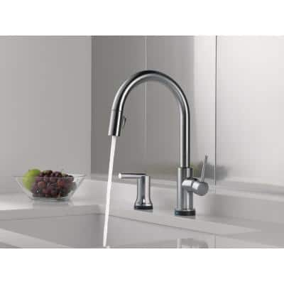 Trinsic Single-Handle Pull-Down Sprayer Kitchen Faucet with Touch2O Technology Bundle with Soap in Arctic Stainless