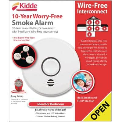 10-Year Sealed Battery Smoke Detector with Intelligent Wire-Free Voice Interconnect