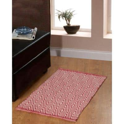 Portland Diamond 21 in. x 34 in. 2- Piece Red Accent Rug Set