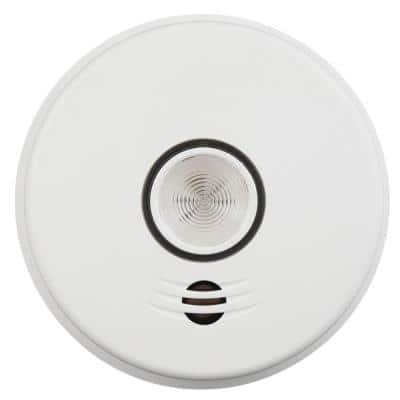 10 Year Worry-Free Hardwired Smoke Detector with Intelligent Wire-Free Voice Interconnect and Safety Light