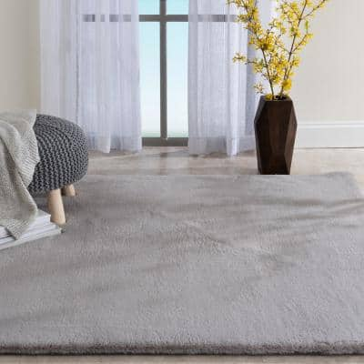 Piper Grey 5 ft. x 7 ft. Solid Polyester Area Rug