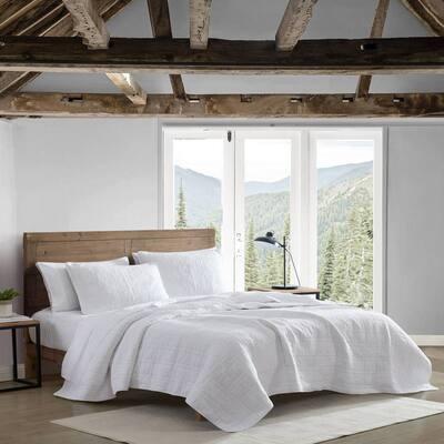 Jasper Trail 3-Piece White Solid Cotton King Quilt Set