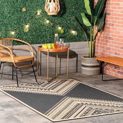 Landry Aztec Charcoal 8 ft. x 10 ft. Indoor/Outdoor Area Rug