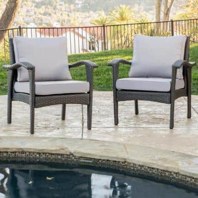 Honolulu Gray Stationary Wicker Outdoor Lounge Chair with Silver Gray Cushion (2-Pack))