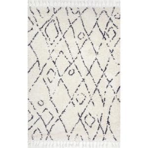 Nieves Moroccan Diamond Tassel Off-White 5 ft. x 8 ft. Oval Rug