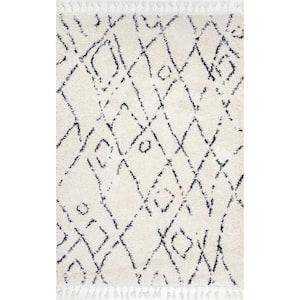 Nieves Moroccan Diamond Tassel Off-White 5 ft. Square Rug
