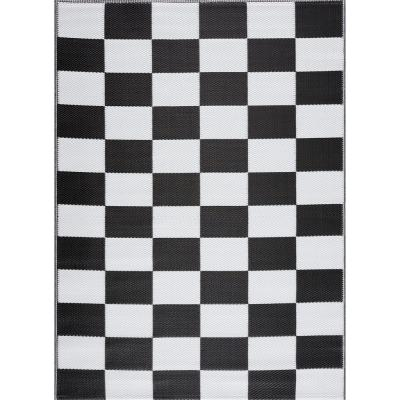 California Black and White 6 ft. x 9 ft. Reversible Indoor/Outdoor Recycled, Plastic, Weather, Water, Stain, Fade
