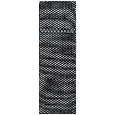 Ellington Black/White 2 ft. 6 in. x 8 ft. Runner