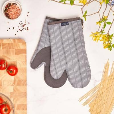 Grey Striped 100% Cotton Oven Mitts With Silicone Palm (Set of 2)