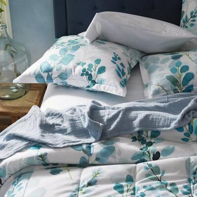 Legends Hotel® Wrinkle-Free Sateen Comforter