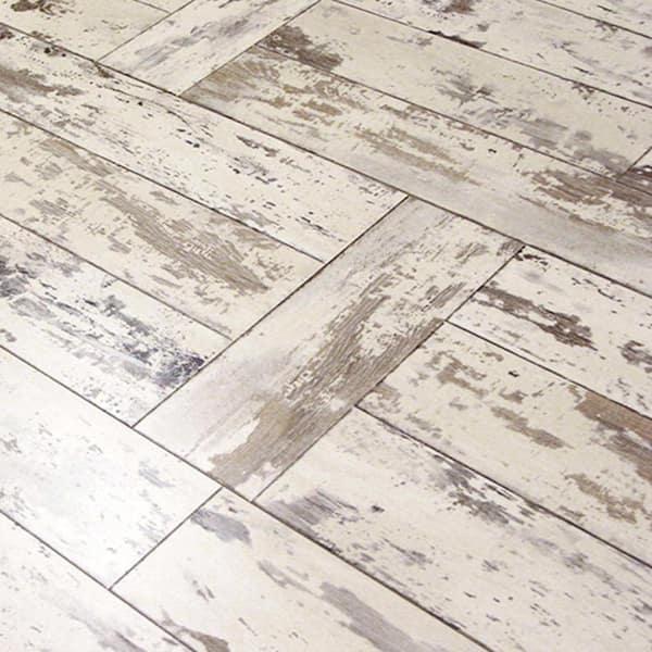 Innovations Maui Whitewashed Oak 8 Mm, Whitewash Laminate Flooring