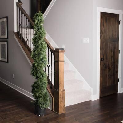 6 ft. Cedar Spiral on Pot (UV)