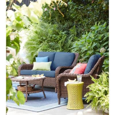 Cambridge Brown Wicker Outdoor Patio Loveseat with CushionGuard Midnight Navy Blue Cushions