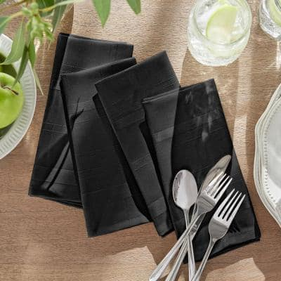 17 in. W x 17 in. L Elegance Plaid Damask Black Fabric Napkins (Set of 4)