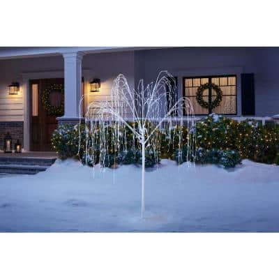 7 ft LED Twinkling Christmas Willow Tree with 800 Lights