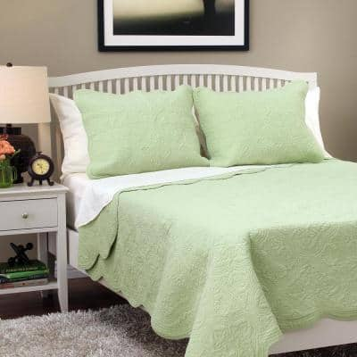 Victorian Medallion Matelasse Pure Solid 3-Piece Light Sage Green Scalloped Edge Cotton King Quilt Bedding Set