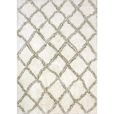Nordic White/Silver 5 ft. 3 in. x 7 ft. 7 in. Trellis Area Rug