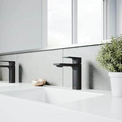 Davidson Single Hole Single-Handle Bathroom Faucet in Matte Black