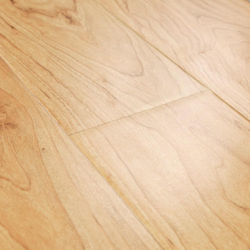 Pergo Outlast 5 23 In W Northern, Blonde Maple Laminate Flooring